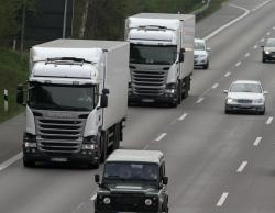 Abstandsverstoß von LKW auf der Autobahn