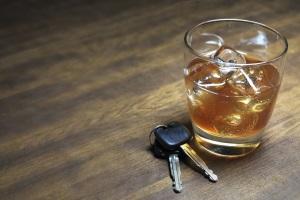 Autofahren in Großbritannien ist unter Alkoholeinfluss strafbar.