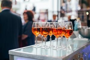 Der Bußgeldkatalog in Belgien sieht auch Sanktionen für Alkohol am Steuer vor.