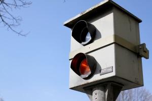 Werden Fahrer innerorts geblitzt, fallen die Sanktionen meist höher aus.