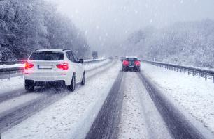 Steht der Winter vor der Tür? Wir verraten Ihnen Nützliches fürs Auto!