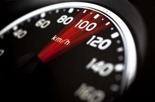 Reifen mit Index H dürfen bis zu 210 km/h schnell fahren.