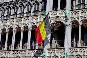 Urlauber müssen sich an die Verkehrsregeln in Belgien halten.