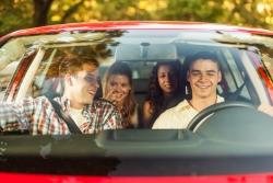 Mehrere Insassen im Auto