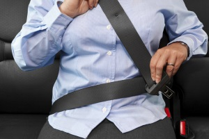 Erkunden Sie Griechenland mit dem Auto, gilt die Anschnallflicht für alle Insassen.