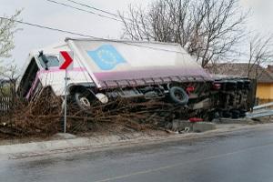 LKW-Unfall mit Gefahrgut