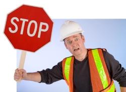 Ein LKW-Fahrverbot bedeutet, dass Fahren strikt untersagt ist