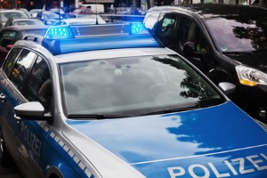 Eine Ordnungswidrigkeit im Verkehr wird durch die Polizei oder das Ordungsamt geahndet.