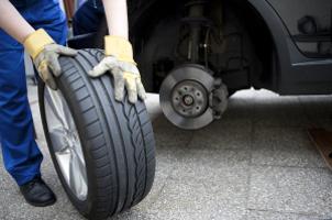 Ein Reifenwechsel muss regelmäßig erfolgen