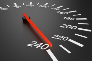 Achten Sie bei Reisen mit dem Wohnmobil auf die Geschwindigkeit.