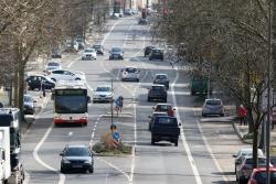 Eine vielbefahrene Straße