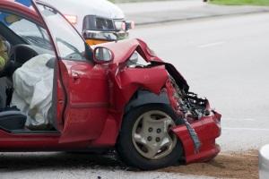 Kommt es zu einem Unfall in Dänemark, sollten Reisende über des richtige Verhalten Bescheid wissen.