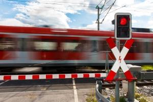 Am Bahnübergang ist besondere Vorsicht angebracht