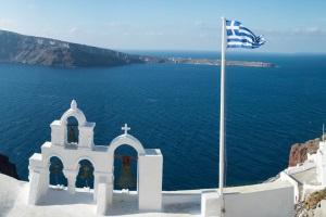 Sind sie mit dem Auto auf Reise, sollten Sie die Verkehrsregeln in Griechenland beachten.