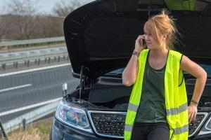 Müssen Warnwesten in Dänemark im Auto vorhanden sein?